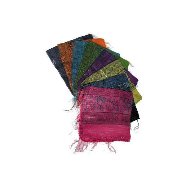 Foulard en coton coloré et fils argentés