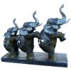 Trio d'éléphants debout