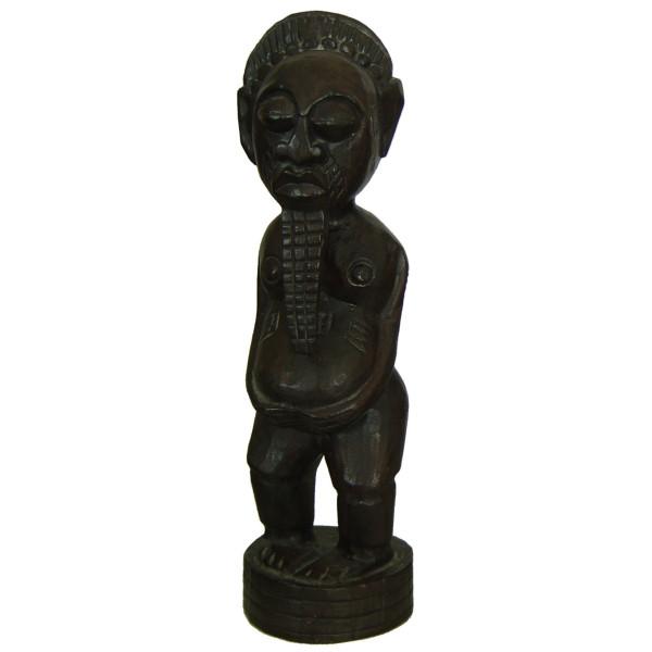 Statue totem indonésien en bois foncé