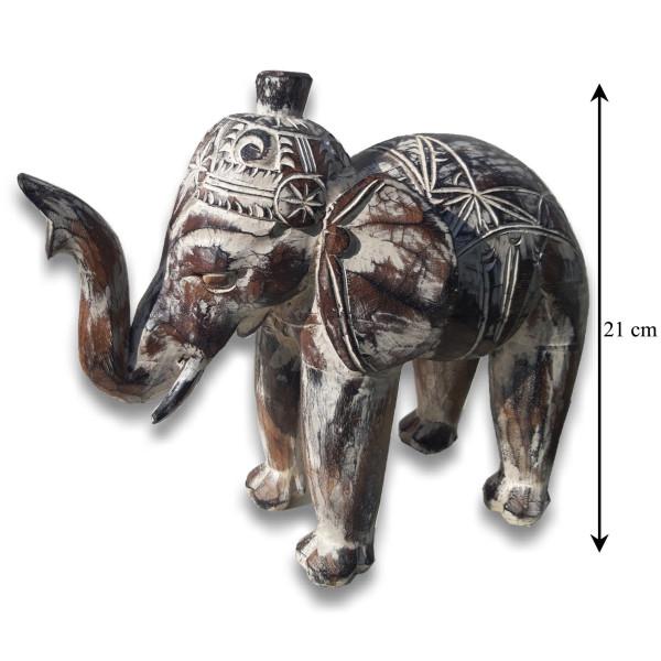 éléphant sculpté en bois de manguier