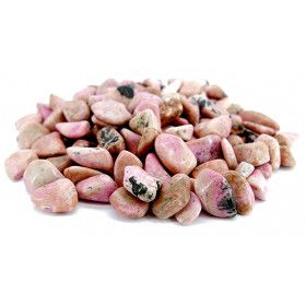 Rhodonit hat viele beruhigende Eigenschaften wie die meisten Steine mit Rosatönen