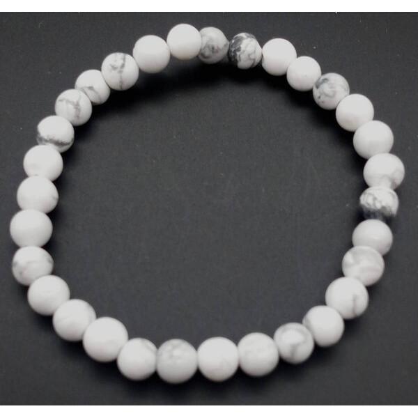Weißes Howlite-Armband